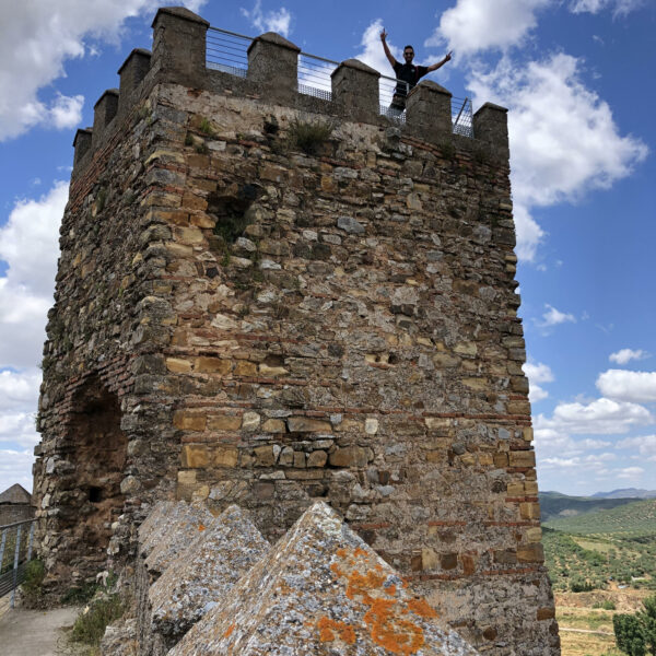 Castillo de Alanís.  Escapada rural a la Sierra Norte