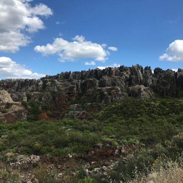 Cerro del Hierro.  Escapada rural a la Sierra Norte
