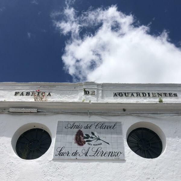 Visita Fábrica de El Clavel. en nuestra escapada a la sierra Norte
