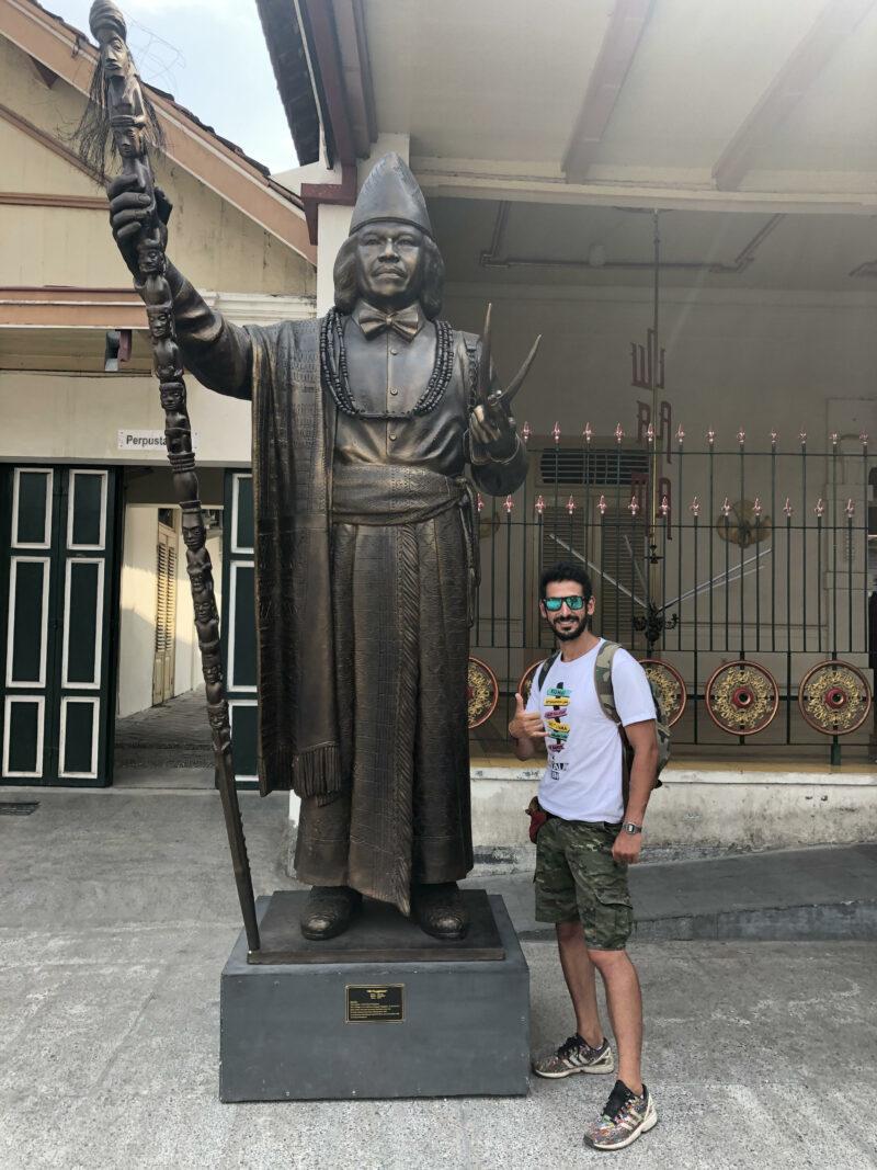 estatua en Yogyakarta